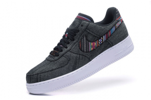 Nike AIR FORCE 1 LOW 07 LV8 823511-001